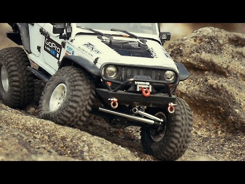 Axial SCX10 Jeep Wrangler Rock Crawling_#27