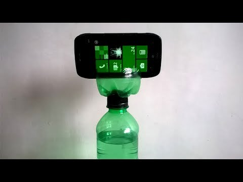 How to make a mobile stand at home using a plastic bottle