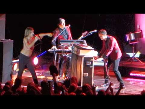 Iggy Pop - China Girl - Post Pop Depression Tour - Berlin 2016 mp3