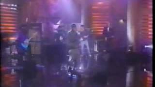 "Dinosaur Jr. & Del tha Funkee Homosapien performing ""Missing Link"""
