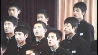 生徒全員が作詞をし、本校卒業生のN.S.Pの平賀和人さんが作曲をしました...