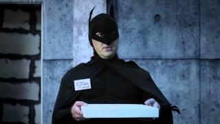 Супергерои. Бетмэн. Пицца.