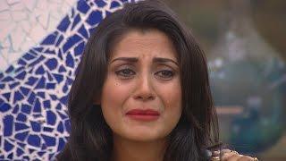 bigg boss 9 salman khan makes rimi sen cry