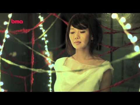 胡琳 - 雪中情 (Official Music Video)