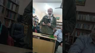 Поетът Валери Станков от Варна в Гр библиотека Стоян Дринов Панагюрище 10.11.2017 част 3