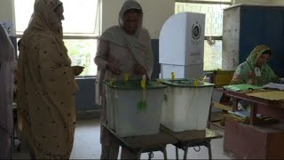 Polls open in Pakistan election