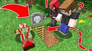 KORKUNÇ KÖYLÜ'NÜN MEZARINDA GİZLİ GEÇİT BULDUM! 😱 - Minecraft