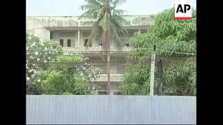 Former head of Khmer Rouge torture centre taken back to Tuol Sleng