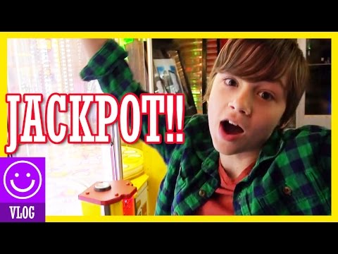 JONAH HITS THE MONSTER JACKPOT!  |  KITTIESMAMA