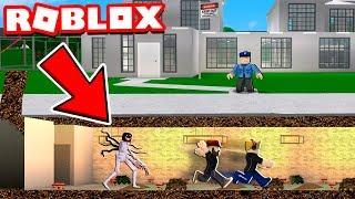 JAILBREAK HORROR GAME in ROBLOX (PRISON)