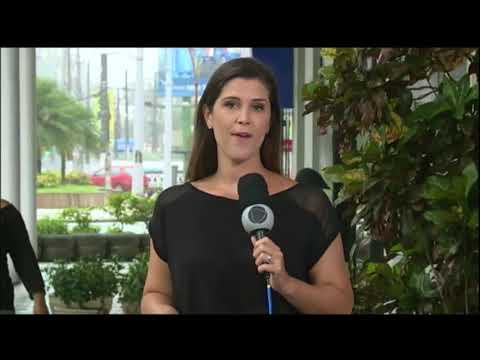 Camarote De Dupla Sertaneja Despenca Durante Show No Litoral De São Paulo