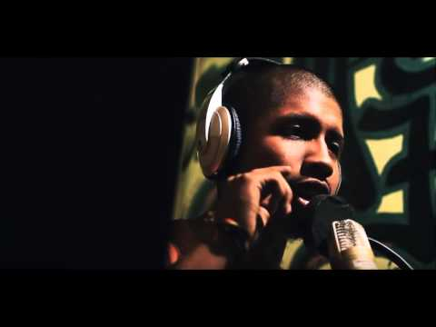 SANTIAGO INSANE - AMOR (Audio Oficial) 🎧  HIP HOP PERUANO 2016