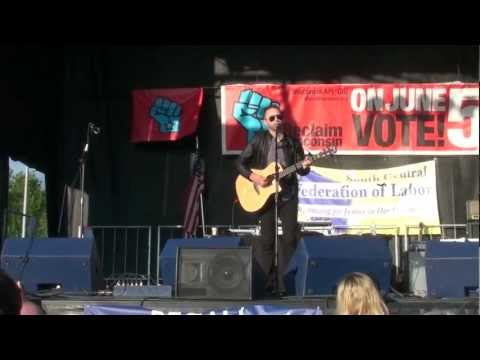 Prayer of the Refugee (Acoustic) - Tim McIlrath of Rise Against - Madison, WI-Get Out The Vote Rally