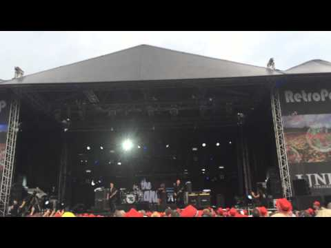 The Stranglers - All Day and All Of The Night on Retropop Emmen. 07-06-2014