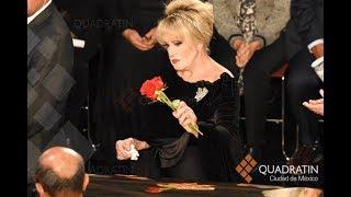 El adiós en México al Príncipe de la canción