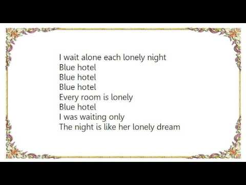 Chris Isaak - Blue Hotel Lyrics