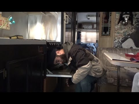 Full-time RV:  Refreshing an Old Stove