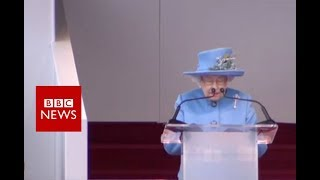 Queen opens new Queensferry Crossing - BBC News