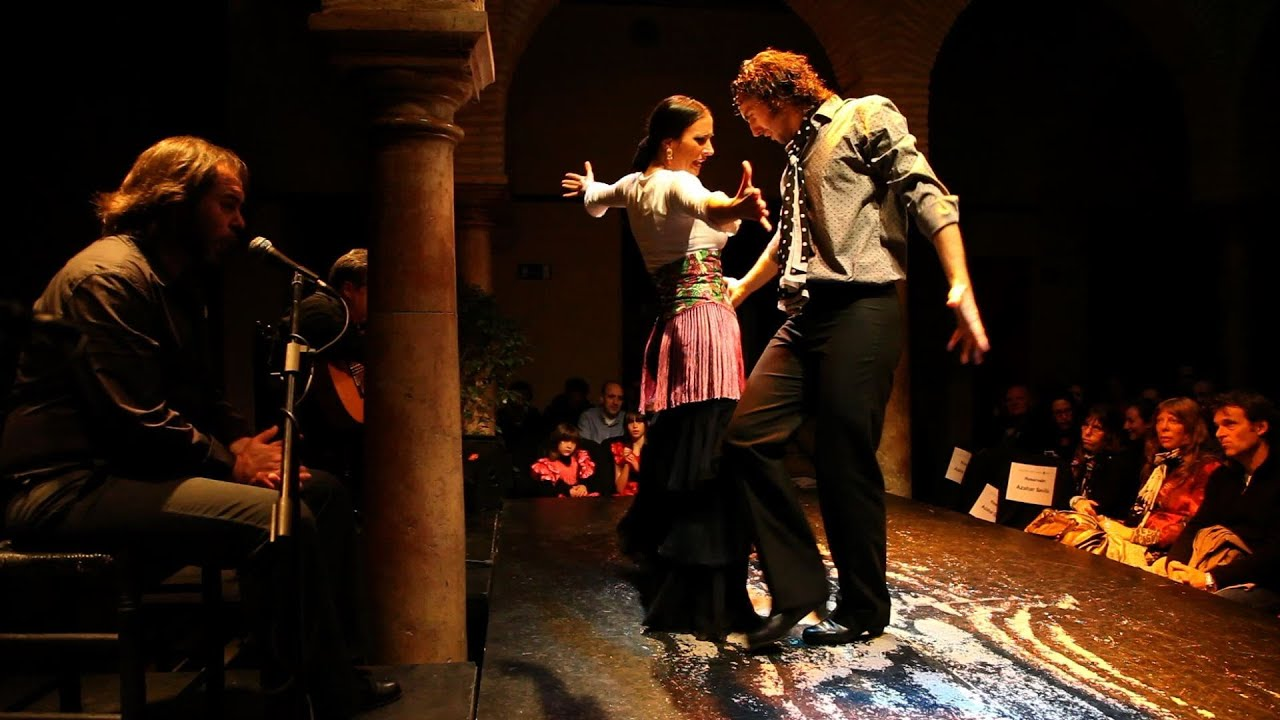 Flamenco and the flamenco museum sevilla spain youtube for Espectaculo flamenco seville sevilla