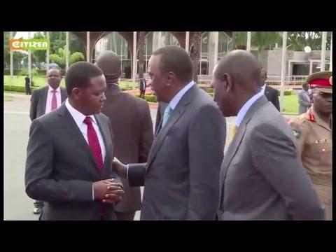 President Kenyatta arrives in Kigali to attend World Economic Forum
