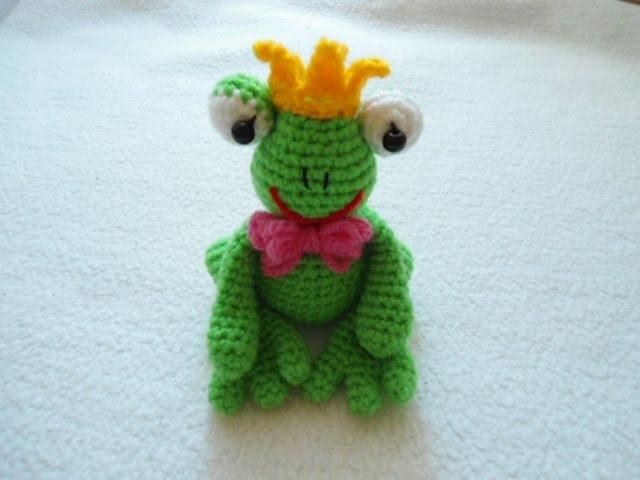 Amigurumi Frog Prince Free Crochet... - Crochet.msa.plus ... | 480x640