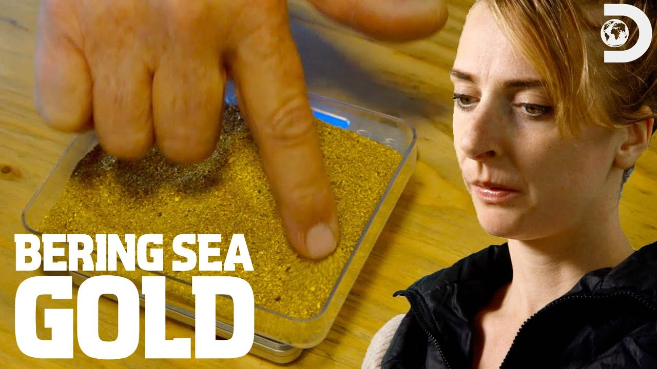 Download Who Grabs the Most Gold Before Winter Hits? | Bering Sea Gold