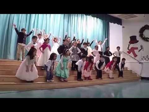 2015 Cahuenga Elementary School: Christmas Presentation - Kindergarten Ms. Chun