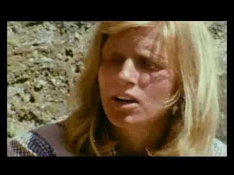 1970 Paul and Linda McCartney in Scotland