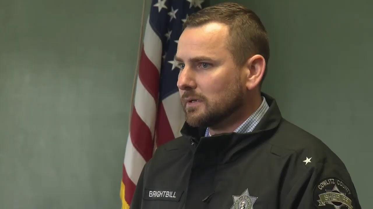Timeline: Cowlitz County deputy killed, suspect shot dead by