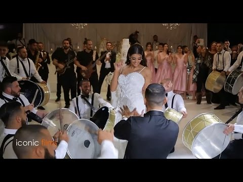 ARAB WEDDING - Bride and Groom grand entry!