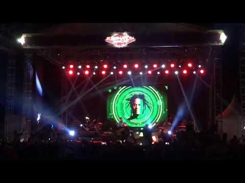 tony-q-rastafara-manteman-live-at-rampal-malang