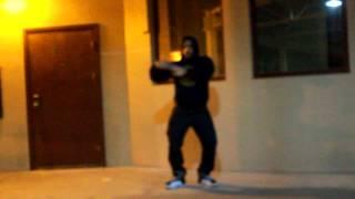 wrecks dancing to selling dreams by big sean and chris brown (@idgaf_im2tatted)