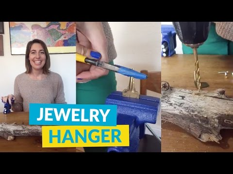 Make a Jewelry Hanger From Old Keys!