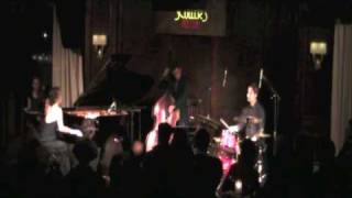 Yoko Miwa Trio plays Golden Slumbers