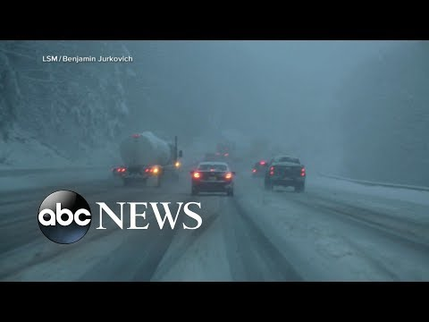 Pacific Northwest battles record snowstorm