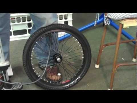 Easten Bikes Curb Monkey BMX Tires 20 x 2.3 + FREE 3D Glasses