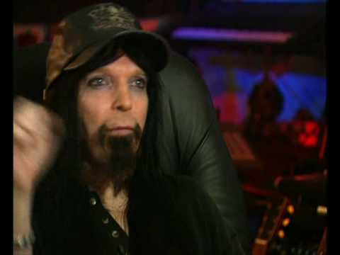 Tommy Lee And Mick Mars Behind The Music Youtube