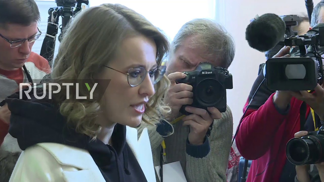 Sobchak demands to recognize the registration of Putin in the elections illegal 14.02.2018 37