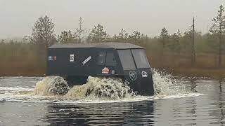 Вездеход ВСМ бортоповорот. Испытания жидкое болото, вода и разное бездорожье.