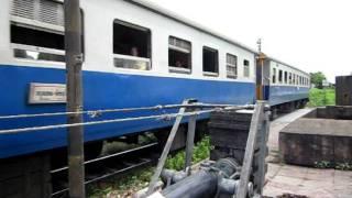 ロッブリーの鉄道(タイ国鉄) プラプラーンサームヨード前
