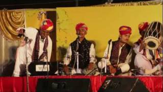 Pete Lockett with 24 Rajasthani Folk musicians live in India 2011