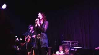 Liz Gillies - Take it Easy On Me (Live at Genghis Cohen)