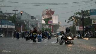 Tasikmalaya Banjir Hujan Lebat l Banjir Daerah Jl. Hz Musthafa 19-02-2017