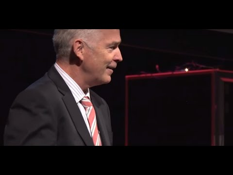 ETS16: Global Perspective on Energy Transformation with Ian McLeod, Queensland Future Institute