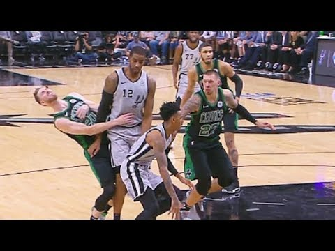 Gordon Hayward Breaks His Hand After Fracturing On Collision With Aldridge! Celtics Vs Spurs Injury