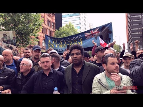 """Tommy Robinson: Highlights from Manchester """"UK Against Hate"""" march"""