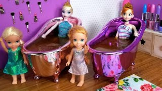 Mother39s Day  Elsa and Anna toddlers - surprise - gifts - spa - cake - bath - nails painting