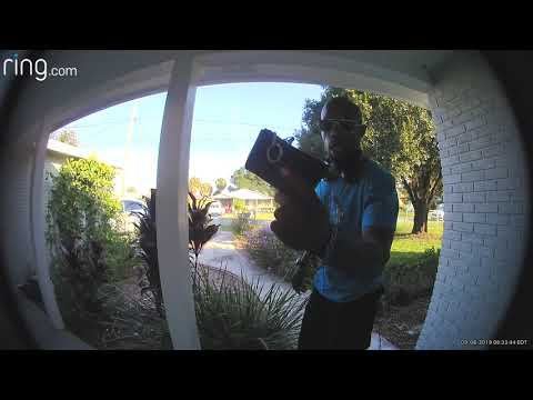 Bodhi - Guy Returns Wallet He Found on Driveway (Video)