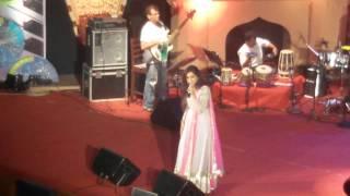 SHREYA GHOSHAL PRINCE TERE LIYE SONG LIVE