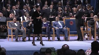 Baixar WATCH: Jennifer Hudson performs 'Amazing Grace' at Aretha Franklin's funeral